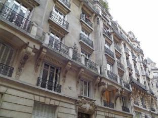 Apartment Rue Lapeyrere Paris