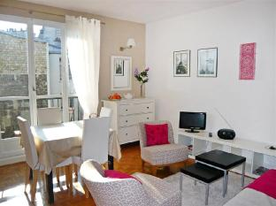 Apartment Rue Vauvenargue Paris
