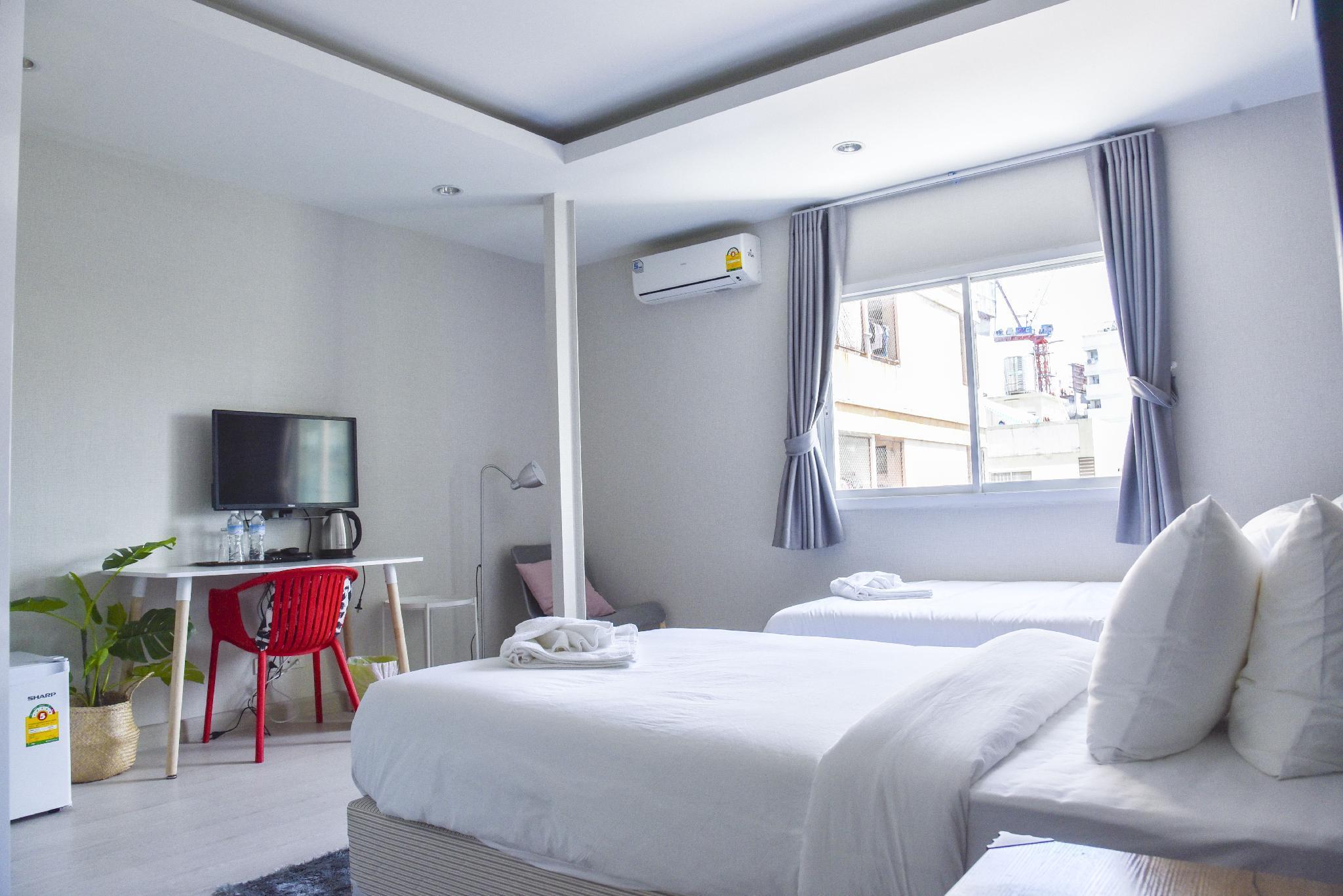 5 Min To MRT Huai Khwang 2 Pax Modern Room 12