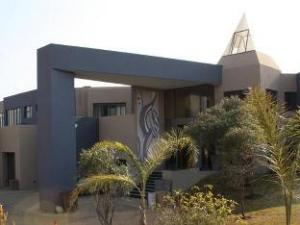 The Links Guest House