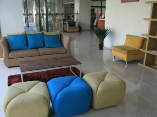 Mango Park Hotel Cebu City - Lobby