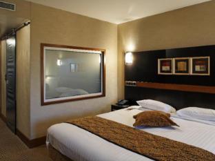 Radisson Blu Charles de Gaulle Airport Hotel Paris - Suite Room