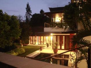 Villa Griya Widiaastuti