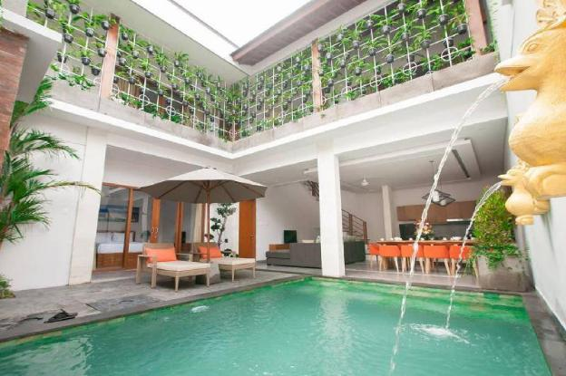 5 BDR villa with private pool in Seminyak