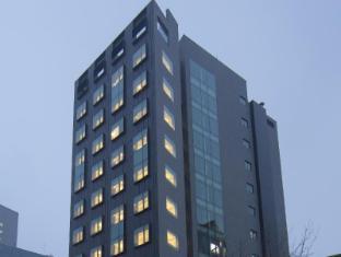 Stay B Hotel Myeongdong