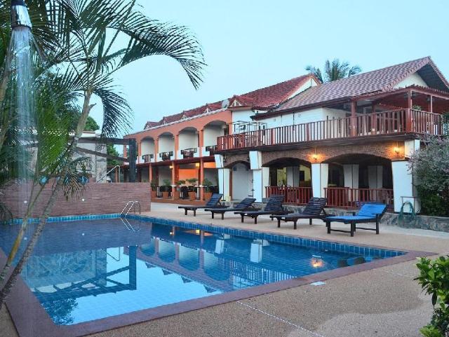 ปาล์ม บีช รีสอร์ต – Palm Beach Resort