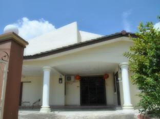 Pelangi de Vacation Home