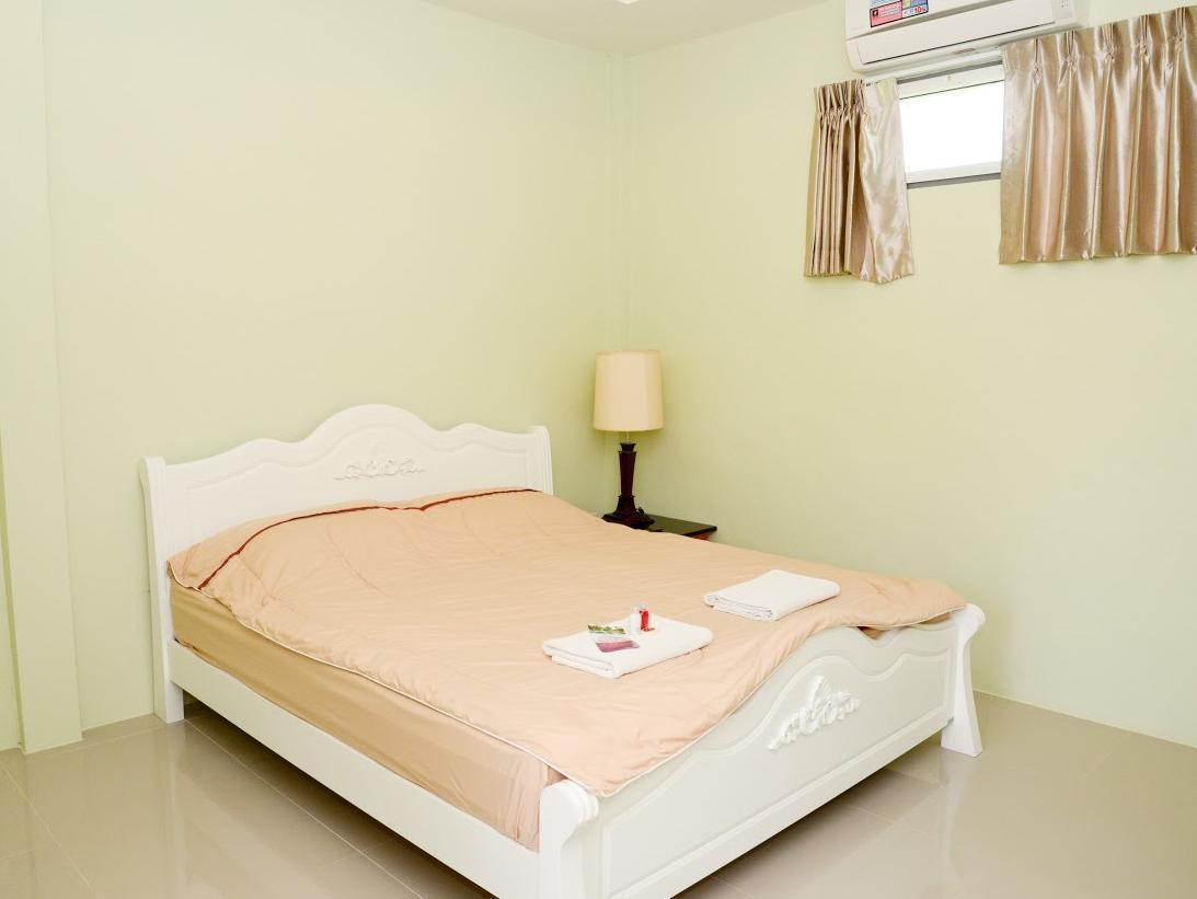 Baan Rai Naam Ing Resort บ้านไร่น้ำอิง รีสอร์ท