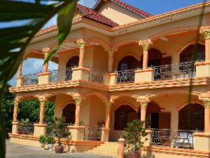 Kampot Manor Guesthouse