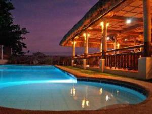 Kavs Beach Resort