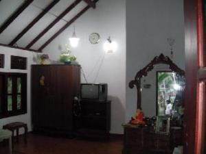 swarna home stay