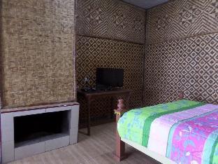 Pondok Wisata Adas Hotel 4