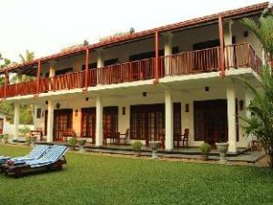 Lagoon Bentota Hotel