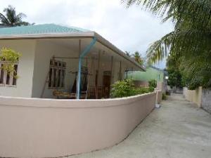 Maaz Inn Fenfushi