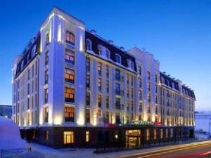 コートヤード ホテル バイ マリオット カザン クレムリン (Courtyard Hotel by Marriott Kazan Kremlin)