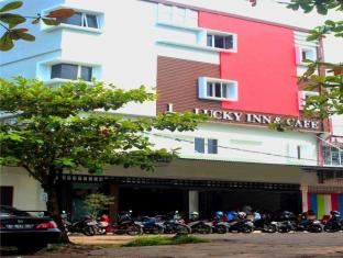 Luky Inn Cafe and Resto