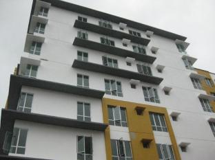Holiday Apartment at 162 Residency Selayang