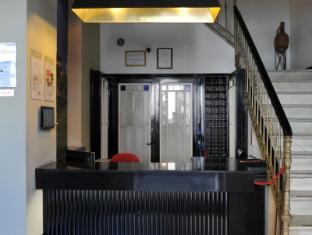 โรงแรมอตาราซานาสมาลากาบูทีค มาลากา - เคาน์เตอร์ต้อนรับ