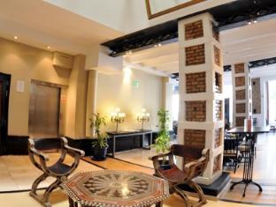 โรงแรมอตาราซานาสมาลากาบูทีค มาลากา - ทางเข้า