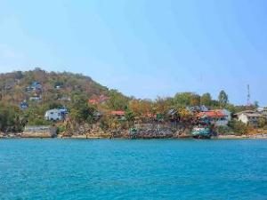 Koh Sichang Rimtalay Resort