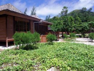 Heliconia Grove Villas