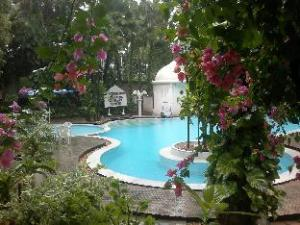 Hotel Parisutham Tanjore
