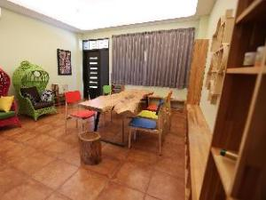 Puzzle Home Stay