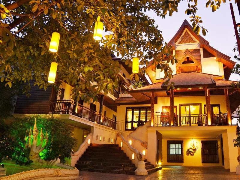 [CR] โรงแรมเดอ นาคา เชียงใหม่ (De Naga Hotel Chang Mai)