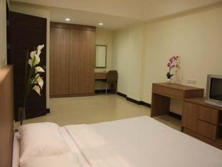 The Pinewood Residence Pattaya - 1-Bedroom Sauna