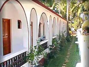 White Negro Beach Resort