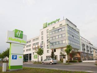 Holiday Inn Berlin Airport Conference Centre बर्लिन