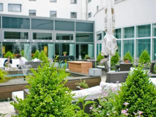 Holiday Inn Berlin Airport Conference Centre Berlin - Otelin Dış Görünümü
