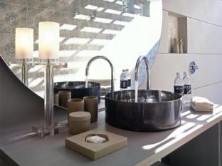 SALA Phuket Resort and Spa Phuket - Bathroom