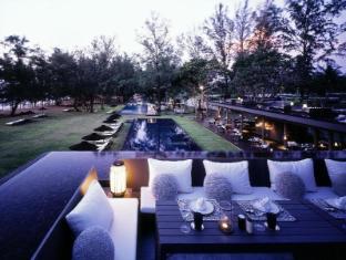 SALA Phuket Resort and Spa Phuket - Rooftop dining