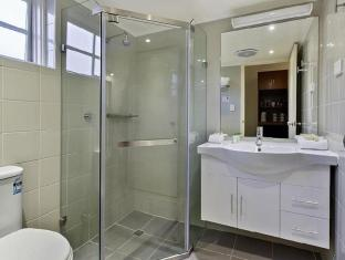 Best Western Buckingham International Hotel Melbourne - Bathroom