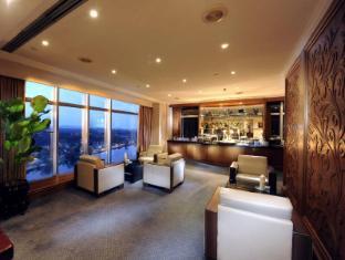 Riverside Majestic Hotel Kuching - Executive Club Lounge