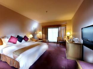 Riverside Majestic Hotel Kuching - Club Superior or Deluxe King