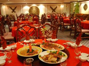 Riverside Majestic Hotel Kuching - Restaurant