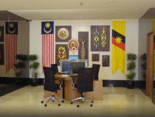 Riverside Majestic Hotel Kuching - Lobby