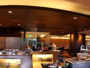 Riverside Majestic Hotel Kuching - Coffee Shop/Cafe