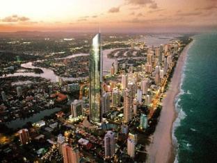 Q1 Resort and Spa Gold Coast - Surroundings