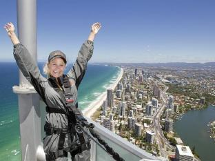 Q1 Resort and Spa Gold Coast - Sports and Activities