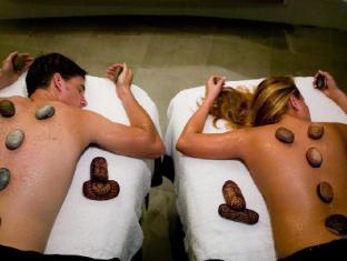 Q1 Resort and Spa Gold Coast - Spa and Massage