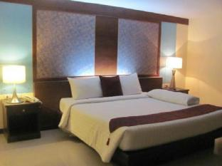 Convenient Resort Bangkok - Guest Room