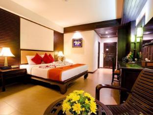 Nipa Resort Phuket - Deluxe Room