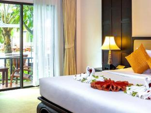Nipa Resort Phuket - Deluxe Pool Access