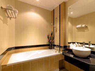 Nipa Resort Phuket - Bathroom