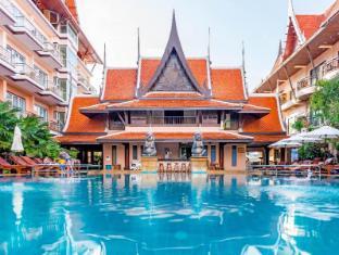 Nipa Resort Phuket - Swimming Pool
