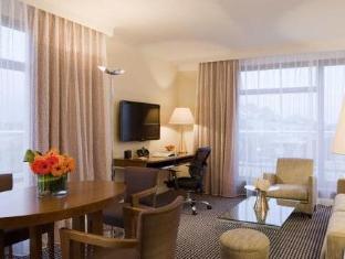 Hotel Warwick Geneva Geneva - Guest Room
