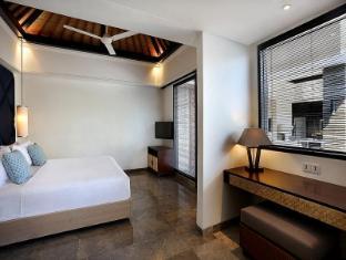 Peppers Seminyak Bali - 1 Bedroom Pool Villa - bedroom